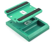 DuraTrax Pit Tech Deluxe Car Stand (Green) | product-related