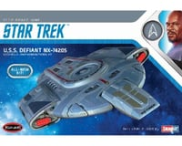Round 2 Polar Lights Star Trek USS Defiant